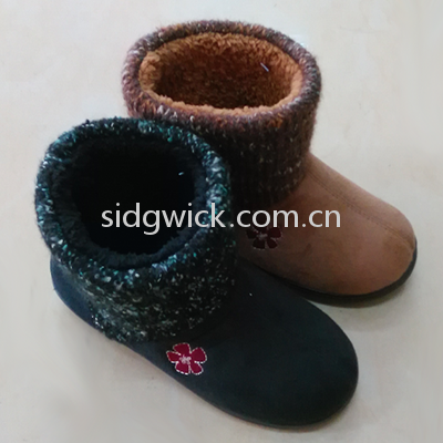 Comfortable crochet boots for men and women