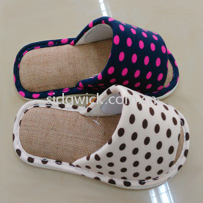Open-toed hemp slippers with colorful dots