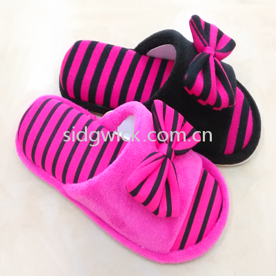 Open-toed slippers with bowknot